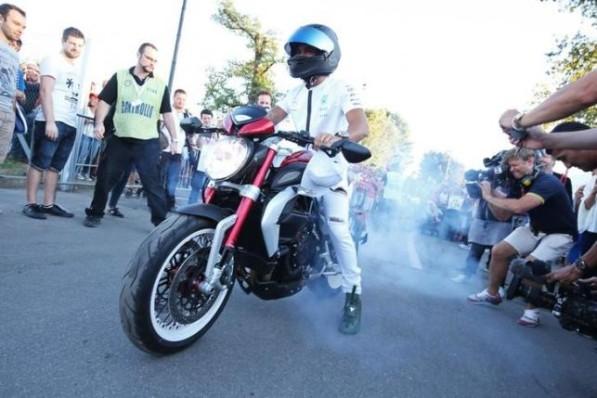 Mce Bike Insurance >> HAMILTON I WOULD LOVE TO GET MY HANDS ON A MOTOGP BIKE MCENEWS - MCE INSURANCE